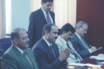 2007年,印度卫生系统官员一行莅临我院参观交流